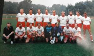 von oben links nach rechts: W. Leismann, W. Jahnke, H. Richter, D. Jahnke, E. Knuth, Ha. Steinmeyer, P.Reichow, O. Golchert, R. Timper untere Reihe:  A. Stuckenberg, W.Sadzio, C. Clements, H.Seevers, D. Molkenstroth, K. Rix, D. Pohl, W.Pohl